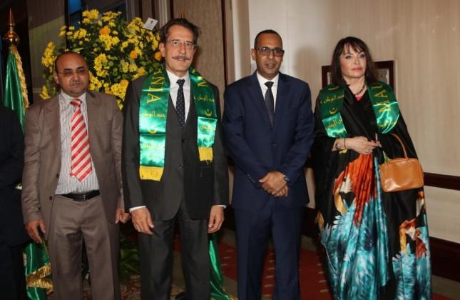 القنصل الموريتاني مع السفير الفرنسي باتريك هيل