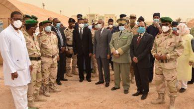 صورة وزارة الدفاع… بين البذات الرمادية والبيضاء دعماً للخطة الوطنية لمكافحة الجائحة
