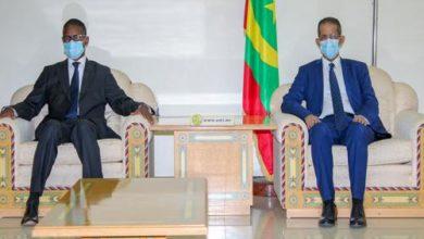 صورة محمد ولد بلال يطلب من أعضاء الحكومة البقاء في مكاتبهم