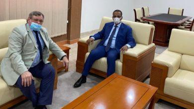 صورة محمد زين العابدين يستعرض فرص الاستثمار مع سفير روسيا الإتحادية